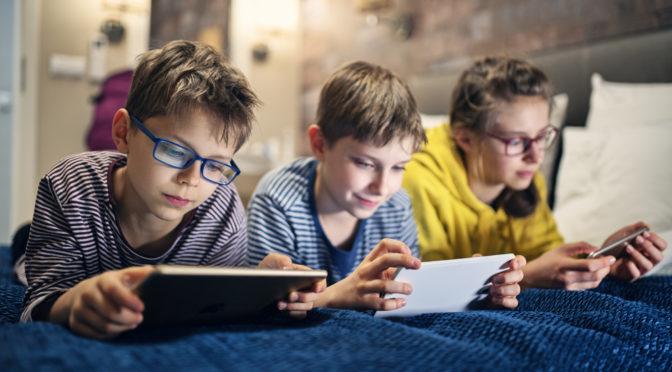 financialounge.com Smartphone, ecco a che età i giovani iniziano ad usarlo e come