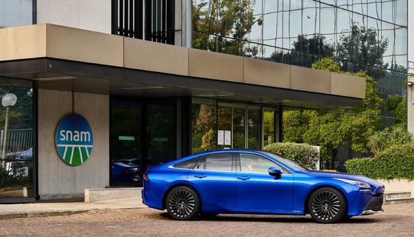 financialounge.com Snam e Toyota insieme per l'auto a idrogeno
